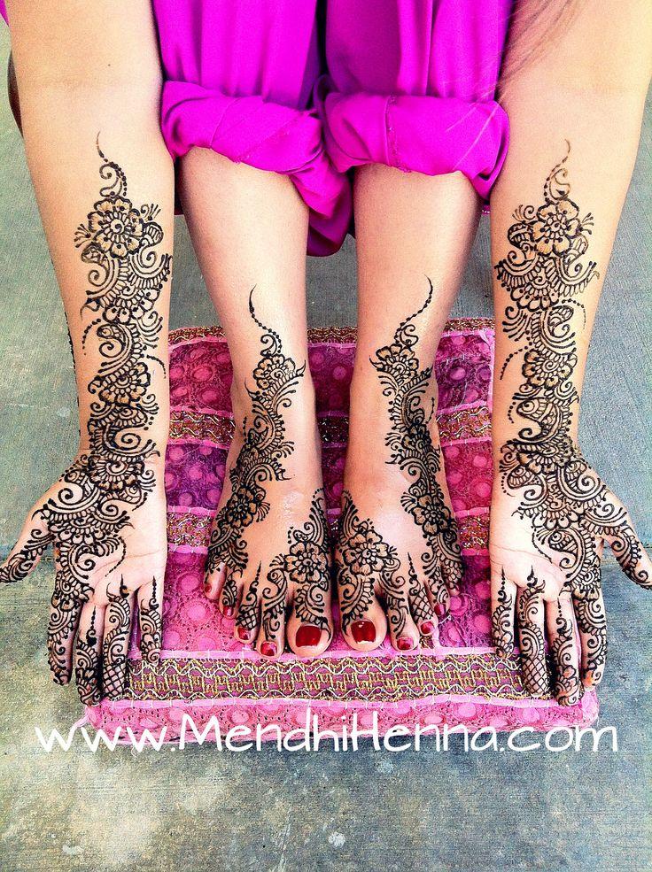 Mendhi. Love the color of her salwar