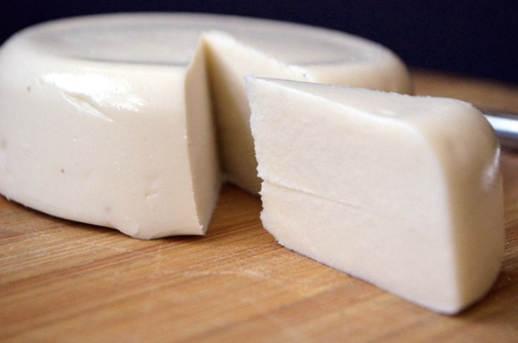 Mozzarella Aquafaba Cheese - Soy free cashew mozzarella using aquafaba as the emulsifier. #vegan