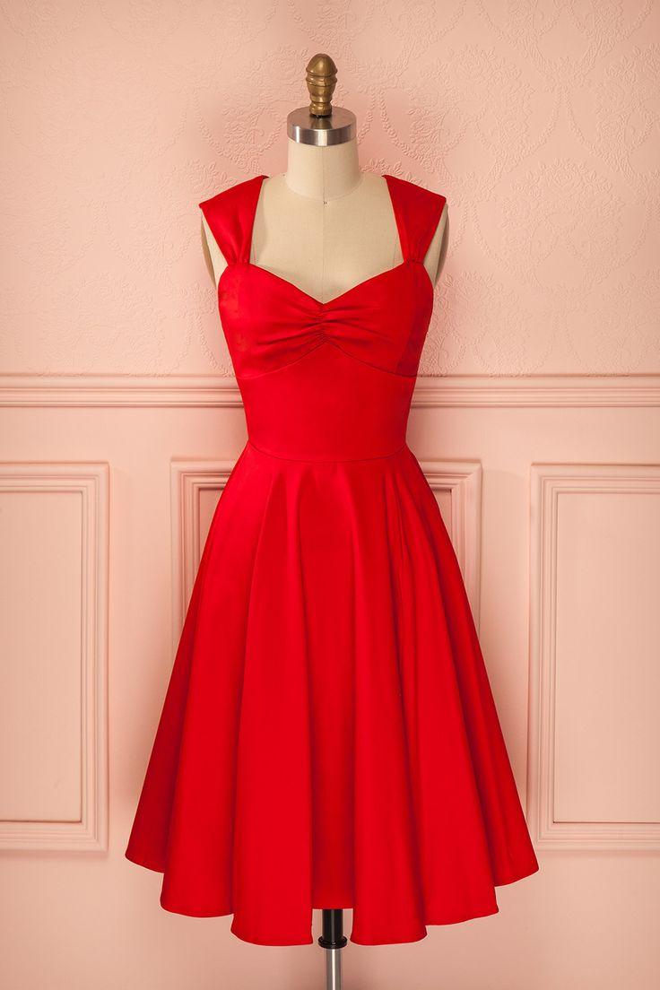 Robe rouge mi-longue plissée coupe rétro décolleté en coeur - Red mid-length pleated sweetheart neckline retro dress