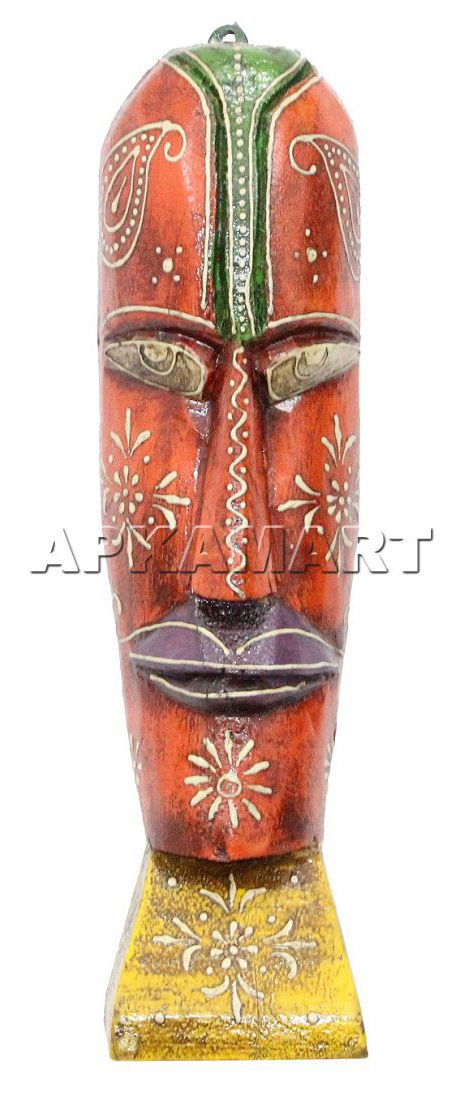 Made of wood, these multicoloured tribal masks are decorated with abstract African art and bring a particular shine to your home décor.