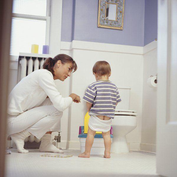 Apprentissage de la propreté : Stop à la pression qui pèse sur les enfants ! - Famili.fr