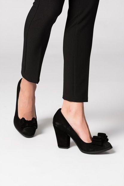 Hakiki Deri Siyah Süet Fiyonklu Kadın Topuklu Ayakkabı