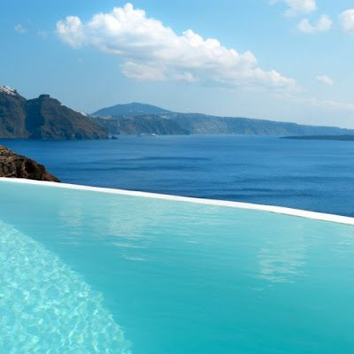infinity pool overlooking ocean - photo #2