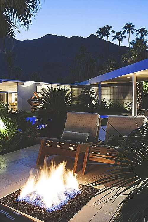 visualechoess:  Palm Springs Modern - by: LncNuvue