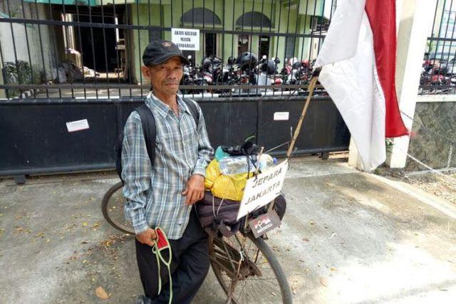 Demi Bertemu Menkes Petani Asal Jepara Bersepeda ke Jakarta http://ift.tt/2xh4j3i