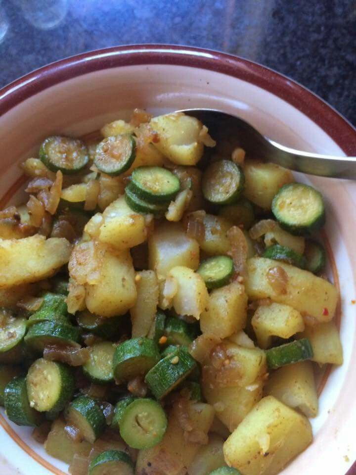 Curry Baby marrows and potato