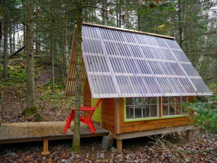 Serre avec panneaux solaires
