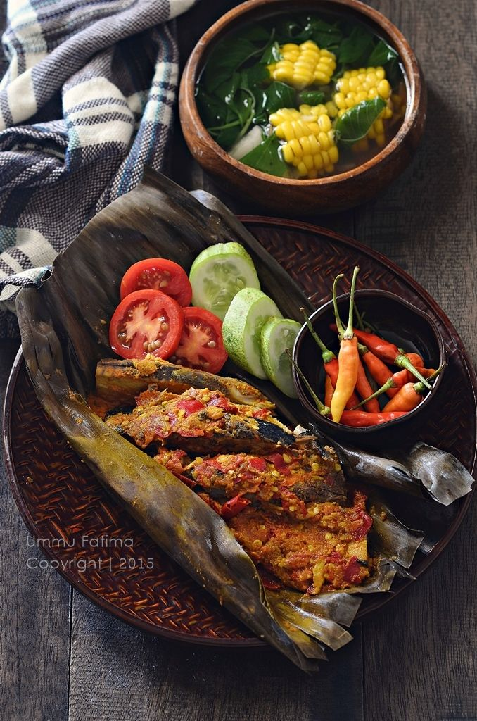 Simply Cooking and Baking...: Pepes / Brengkes Ikan Tongkol