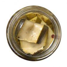 Zucchini in oil.