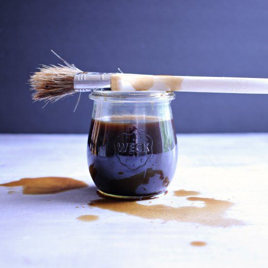 Make this super easy food safe coffee stain for all of your wood kitchen crafts!