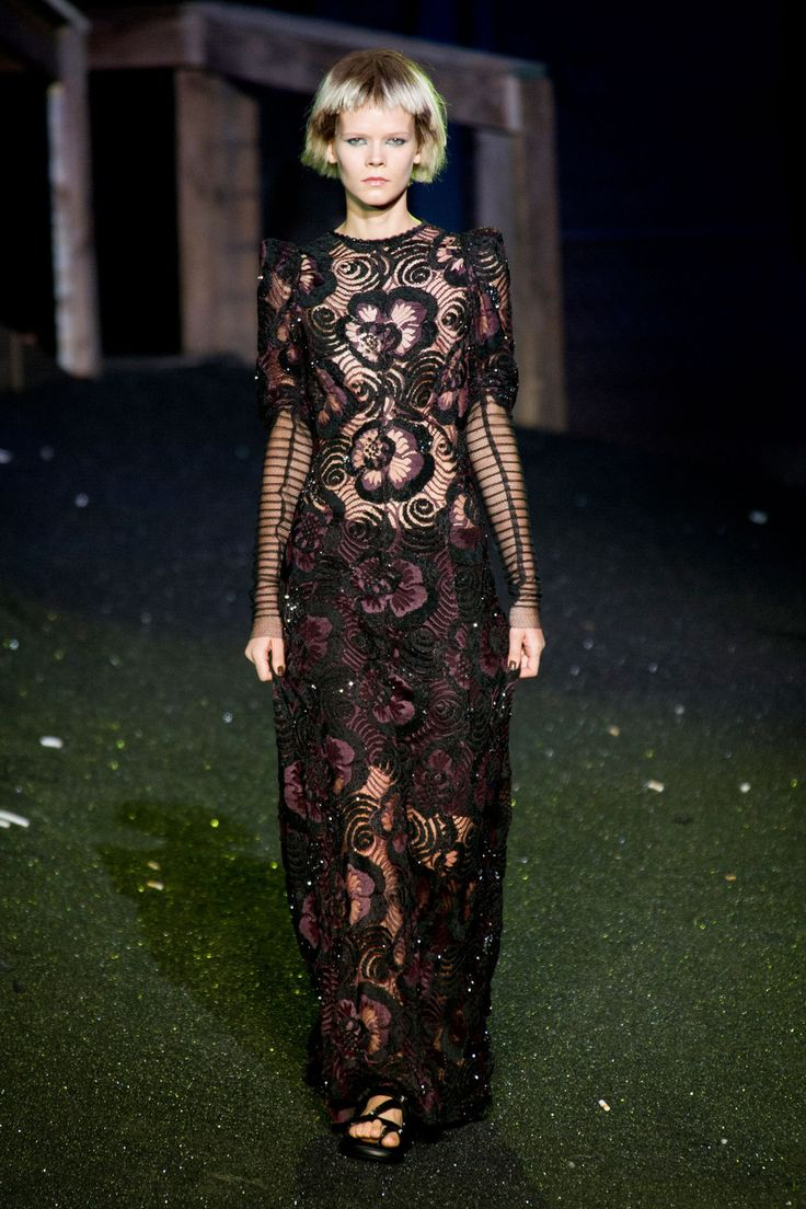 Why Are Runway Clothes So Weird: Marc Jacobs Spring 2014 Runway Pictures
