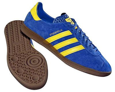 adidas blue yellow trainers