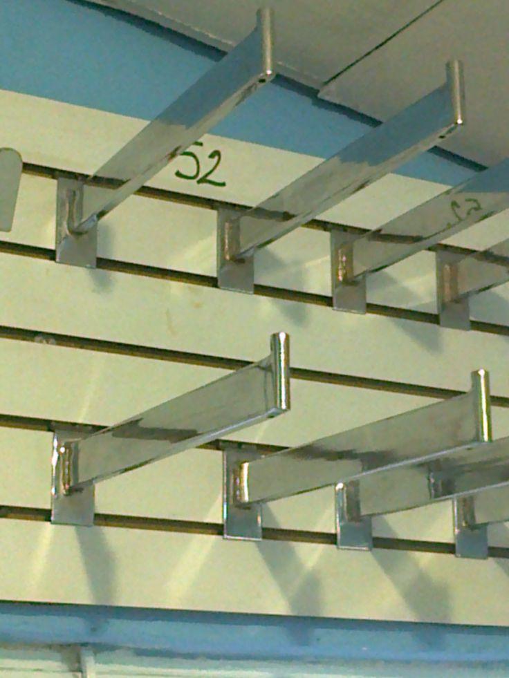 Gancho para colgar ropa equipos met licos pinterest for Ganchos metalicos para colgar ropa