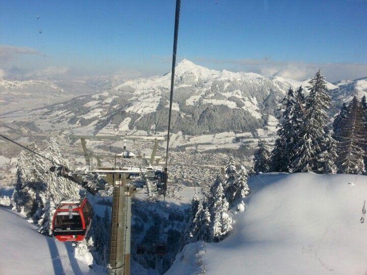 Kitzbühel Ski Area ve městě Kitzbühel, Tirol