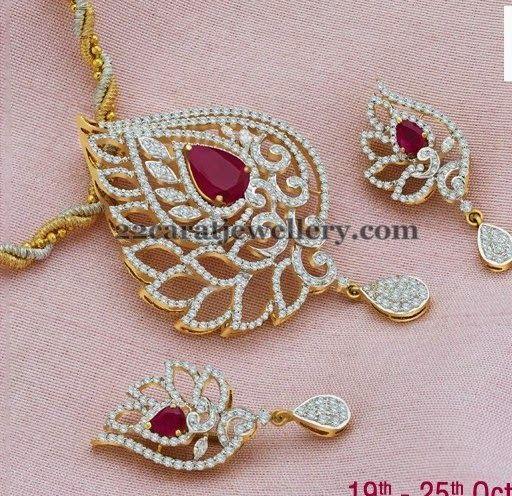 Jewellery Designs: Enchanting Leafy Diamond Locket