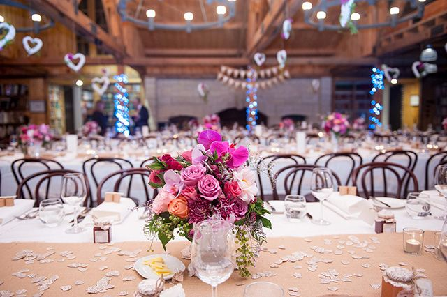 Rustic themed wedding table setting. Image: Solas Photography