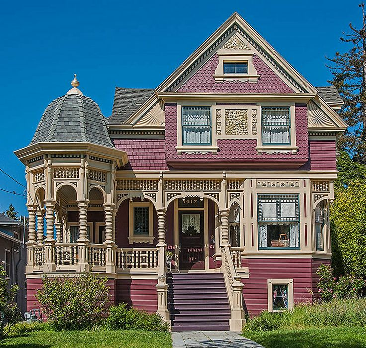Alameda, California Victorian home (4/7/2014)  Micoley's picks for #VictorianHomes www.Micoley.com