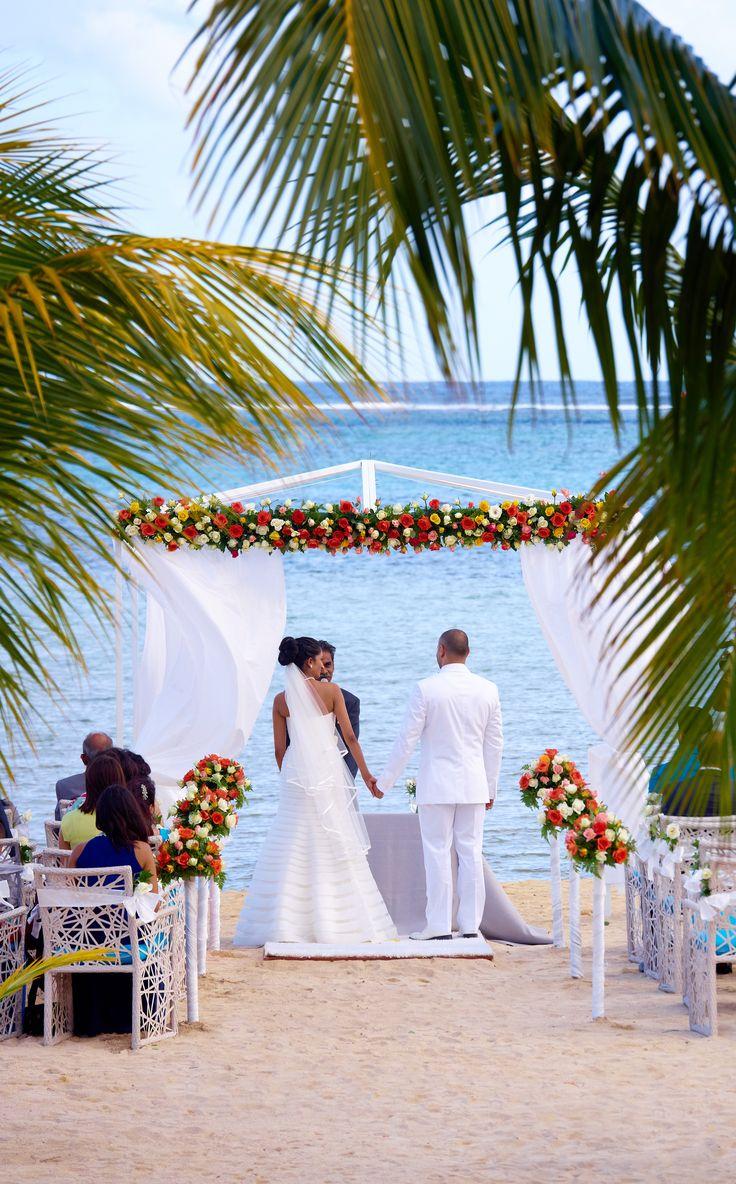 5cffb78067569fd9e9e111cd23baae91  mauritius beach club - beach wedding mauritius