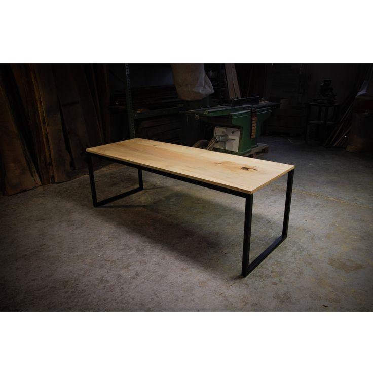 Hardman Design Maple Conference Table Tafel Hout Zwart Staal Metaal Handgemaakt van Selected Design