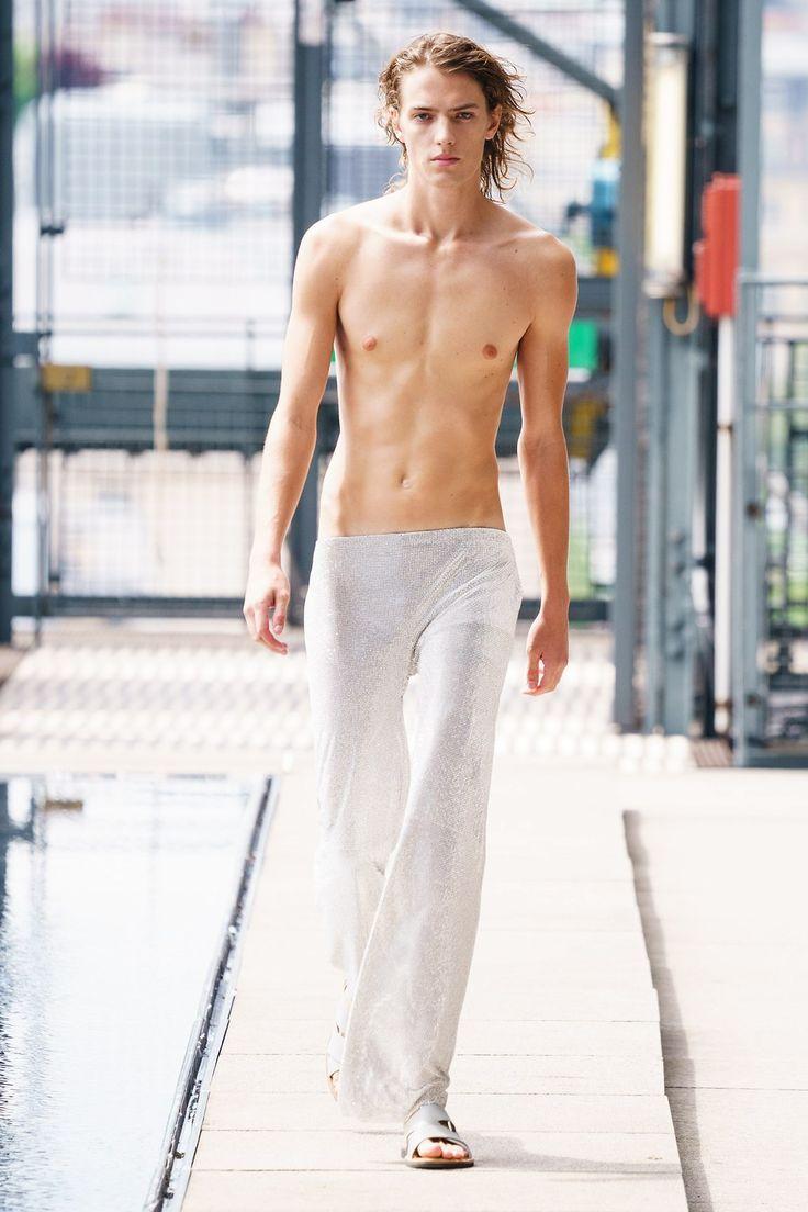 Ludovic de Saint Sernin Spring 2020 Menswear Fashion Show ...