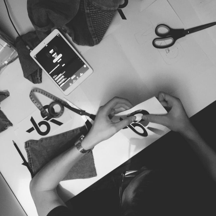  NEW IDEAS  old photos #craft #concept #ipad #music #creation #process #clothes #clothing #streetwear #men #br #vsco #vscocam #blackandwhite #project #work #concept