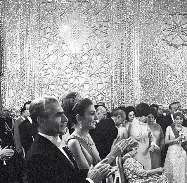 201 best images about kings of persia on pinterest farah for Shah bano farah pahlavi