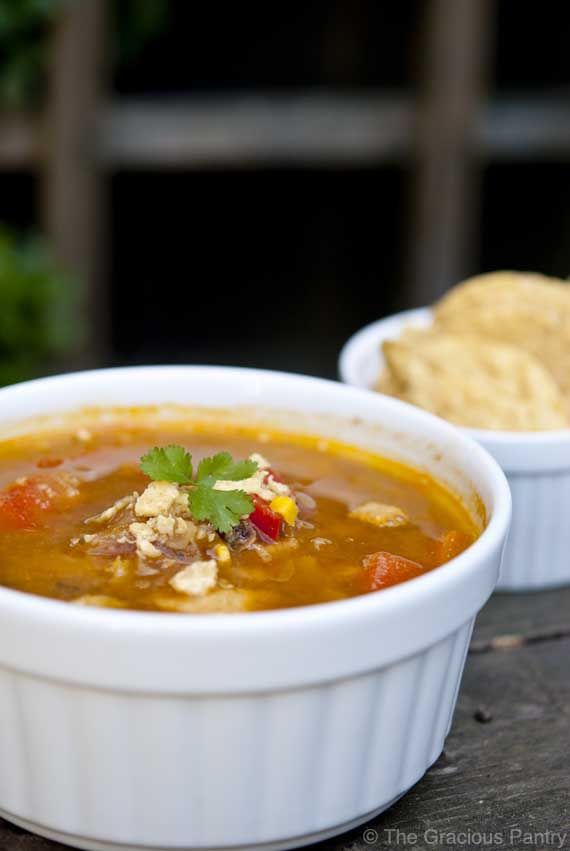 Clean Eating Chicken Fajita Soup and more clean eating soup recipes on MyNaturalFamily.com #cleaneating #soup #recipe