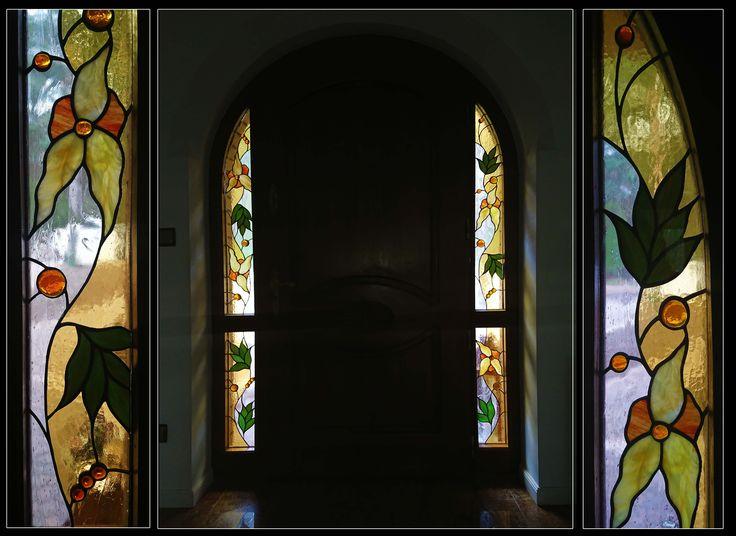 drzwi zewnetrzne z naświetlami bocznymi     #glassatelier , #stainedglass #witraże #szkło #tiffany