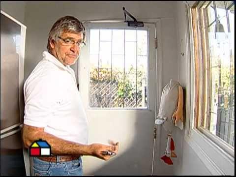 ¿Cómo reparar ventanas e instalar burletes?