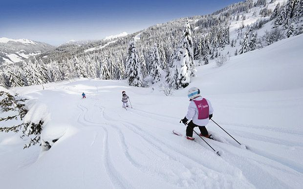 Top 10 family ski holidays for 2014/15 From toys included and in-chalet nannies to flexible childcare and off-slope activities, we cover ever angle with the best 10 family ski holidays this season
