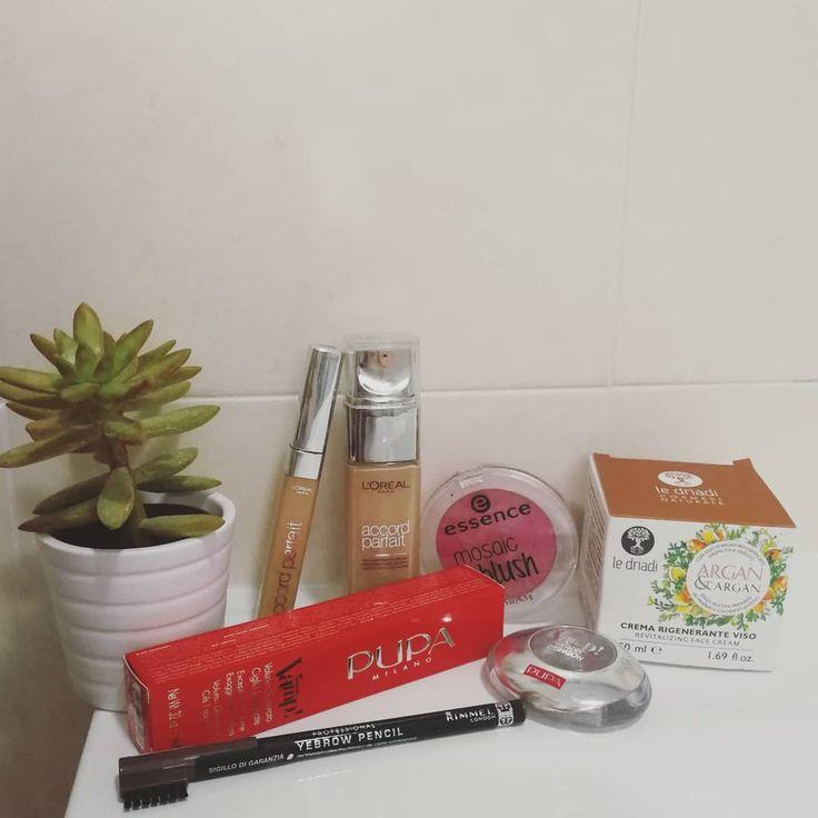 #makeup #makeupph #trucchi #lovemakeup #pupamilano #loreal #driadi #pupa #tigotà #shopping #beauty #cosmetics #cosmesi #girlmakeup #rimmel #mascara #eyeshadow #cream #blush #fondotinta #concealer #correttore #eyebrows #instamakeup #passionemakeup @pupamilanoitaly @lorealmakeup @rimmellondonita @essence_cosmetics @tigota_official