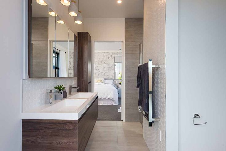 Double ensuite basin in Papamoa