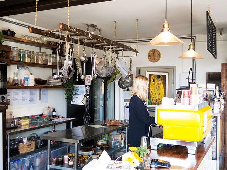 Hello dashfield: MONDAYS WHOLEFOOD #Auckland #cafe #wholefood #vegan #raw #healthy #cafe #kingsland