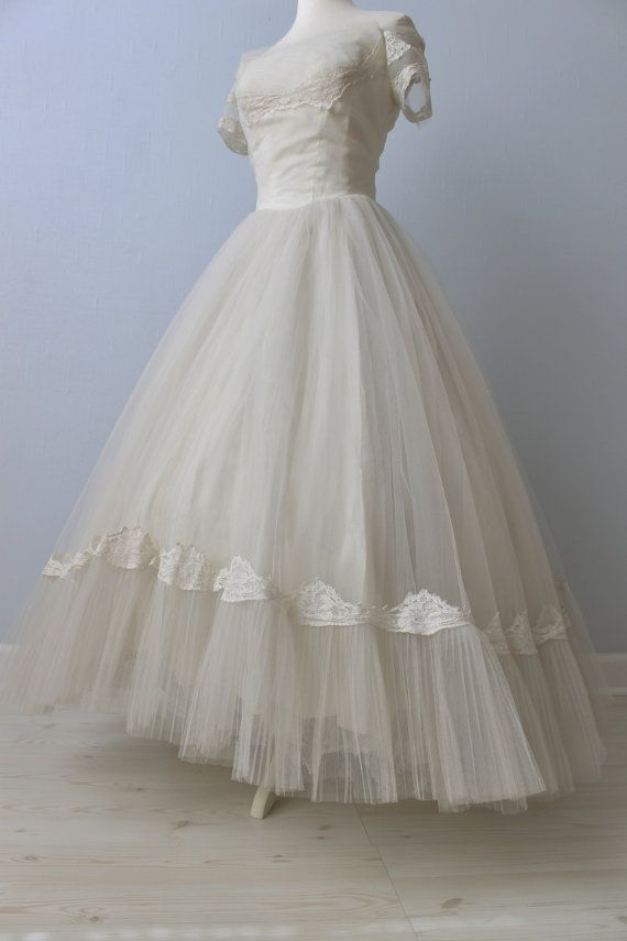 1950s Wedding Dress / 50s Bridal Gown / by TheVintageMistress, $398.00
