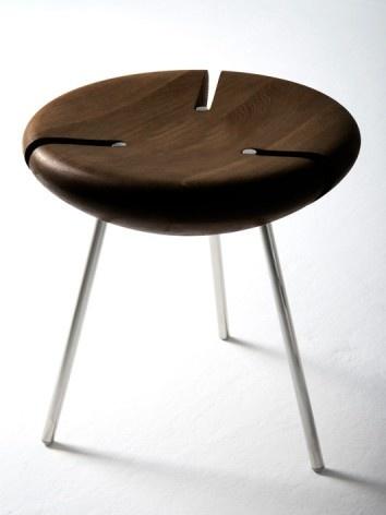 Tribo kruk donker eik interieur i object stools for Donker interieur