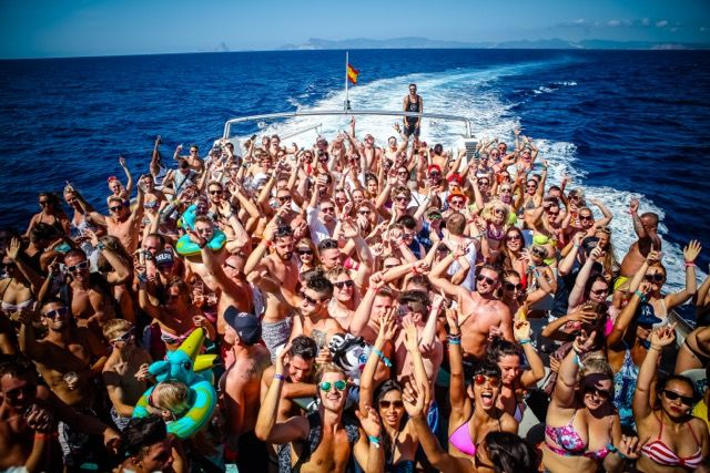 #housemusic Cirque De La Nuit Launches Ibiza's Biggest Party Boat To Date: Leading boat party Cirque de la Nuit is offering almost 100…