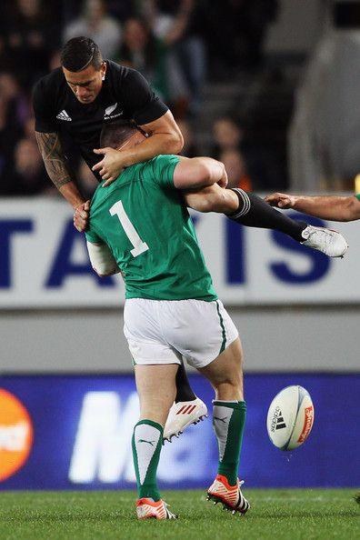 Cian Healy taking down Sonny Bill Williams