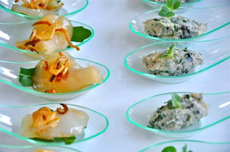 Canape spoons canape pinterest canapes and tapas for Canape holders