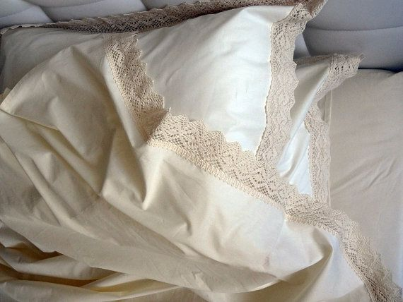 lace trimmed sheets