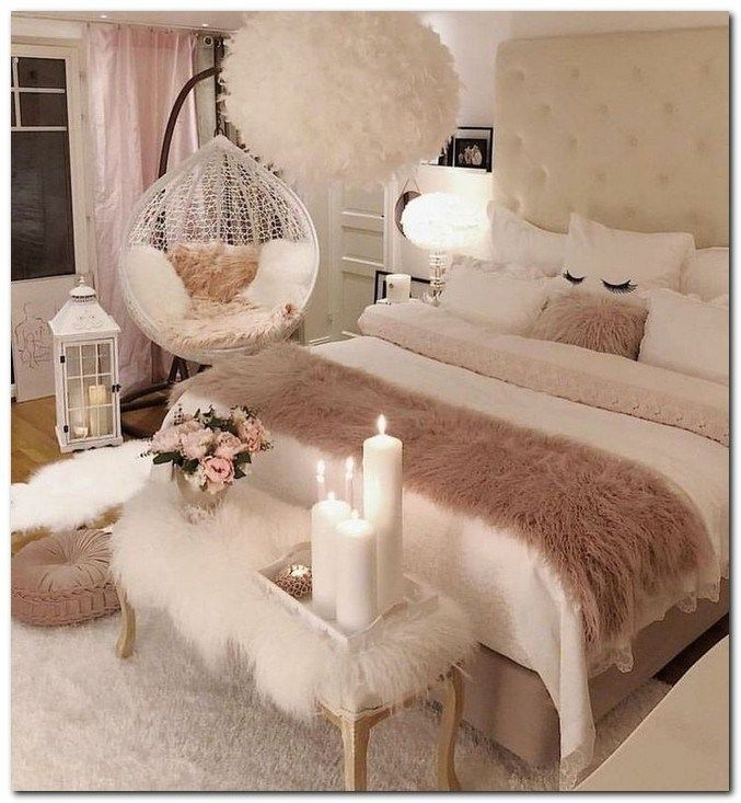 47 Romantic and Elegant Bedroom Decor Ideas #romanticbedroomideas #bedroomdecori…