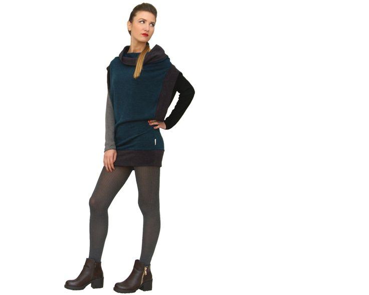 Passare da un abito a un maglione con solo gesto... Tutto questo è 4FORI, il nuovo trasformabile Ismara. www.ismara.it