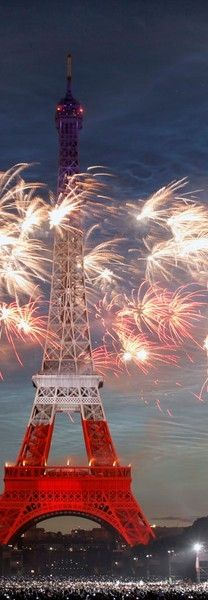 The Eiffel Tower in Paris, France. Happy Bastille Day! ❤