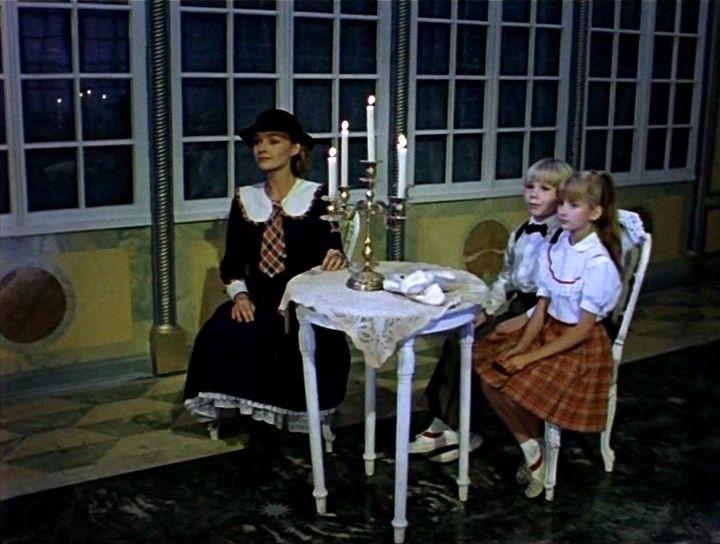 Картинки по запросу кадры из фильма мэри поппинс до свидания