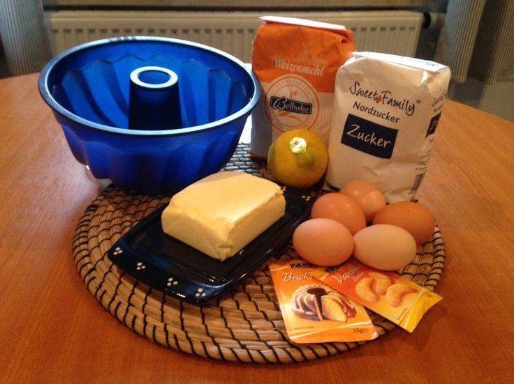 Dieser Zitronentopfkuchen ist einfach der Hit. Schnell gebackener und herrlich lockerer. Auch nach Tagen ist dieser Zitronentopfkuchen noch frisch