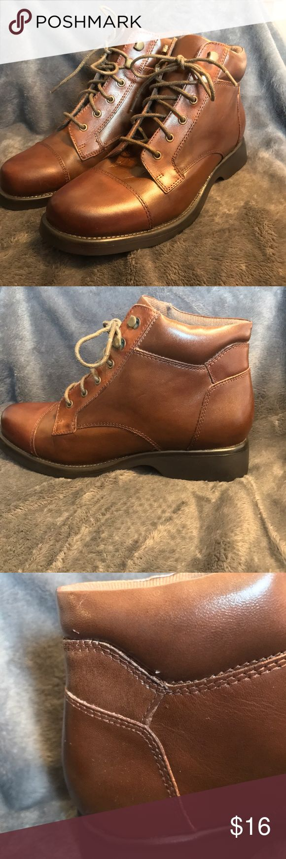 EARTH SHOE GELRON 2000 BROWN LEATHER ANKLE BOOTS EARTH SHOE GELRON 2000 WOMEN'S BROWN LEATHER ANKLE BOOTS SIZE 8.5 SHOES SENECA EURO SIZE: 40.5 CONDITION: NEVER BEEN WORN BUT HAVE SOME SURFACE SCRATCHES FROM SHELF WEAR earth shoe Shoes Ankle Boots & Booties