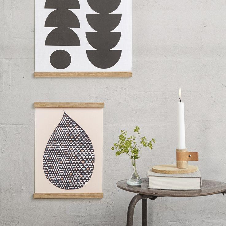 Wall Sticks upphängningslist A4 från By Wirth. Minimalistisk träram för dina affischer och posters i...