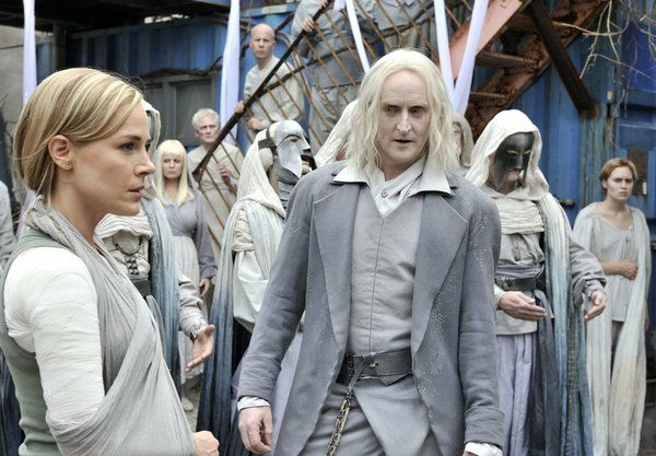 """Defiance """"Down in the Ground Where the Dead Men Go"""" Review: Culture Clash - TV.com"""