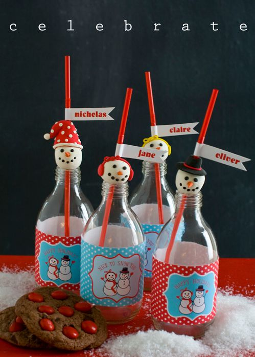 Adorable! Free Printable Holiday Snowman Party Collection from @Amy Lyons Locurto | LivingLocurto.com
