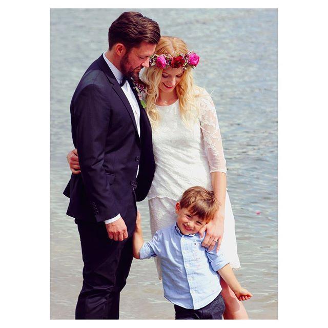 mr & mrs  #wedding #ninaheiratetthomas #flowercrown #bride #weddingdress wearing #selectedfemme #hochzeitskleid #hochzeitswahn #edersee #weddingday #weddingstyle #sommerhochzeit #standesamt #brautkleid #groom #love #isaidyes #married #mrandmrs #marrymag