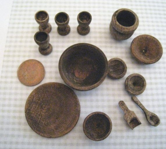 Medieval bowls and dishes  twelfth scale by Insomesmallwayminis, $13.50